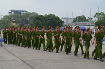 Força militar em visita ao Mausoléu