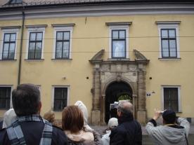 Janela onde o ainda cardeal João Paulo II rezava suas missas.